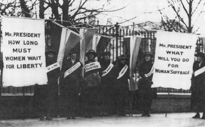 Picketing the White House